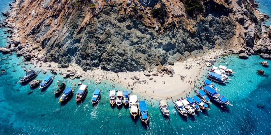 Suluada'ya akın var! Turistler hayran kaldı