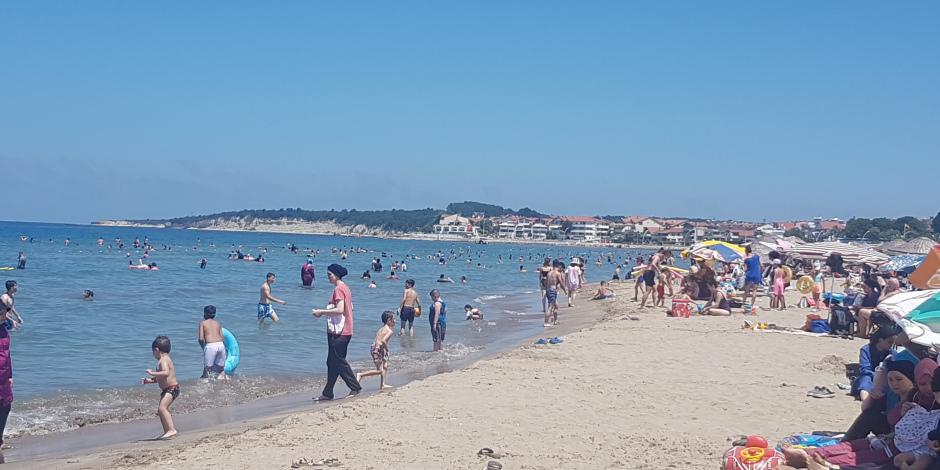 İstanbul'un yanı başında sahiller doldu
