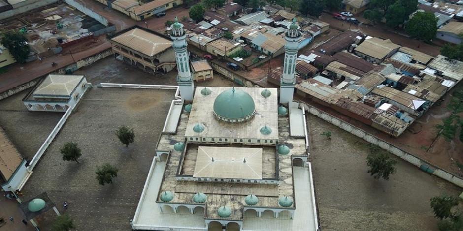 Kamerun camilerinde Osmanlı izleri