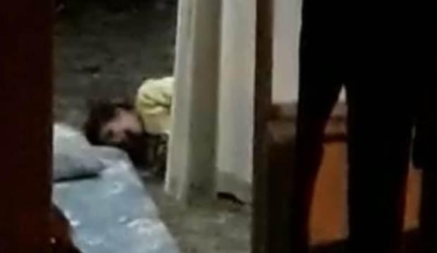 İstanbul'da engelli çocuğa şiddet anları: 1'i engelli 3 çocuğu polis kurtardı