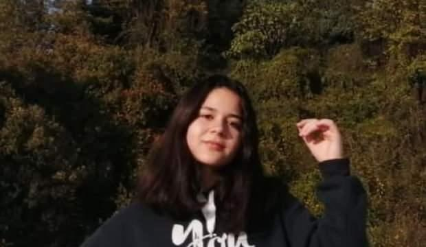 15 yaşındaki kayıp kızlarını her yerde arıyorlar