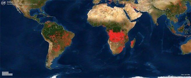 Türkiye'deki orman yangınları uyduya yansıdı
