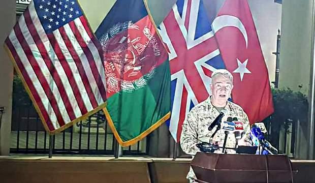 Amerikalı generalden Türk bayrağı önünde sürpriz açıklama
