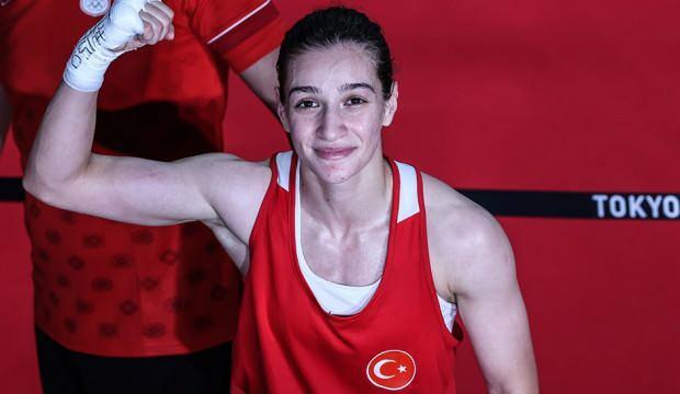 Buse Naz Çakıroğlu çeyrek finalde!