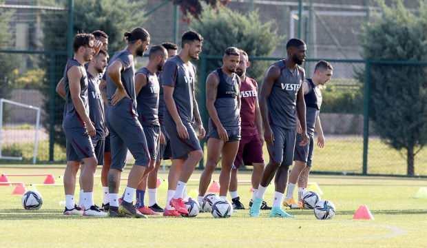 Trabzonspor'da yoğun tempo! 34 antrenman 4 hazırlık maçı...