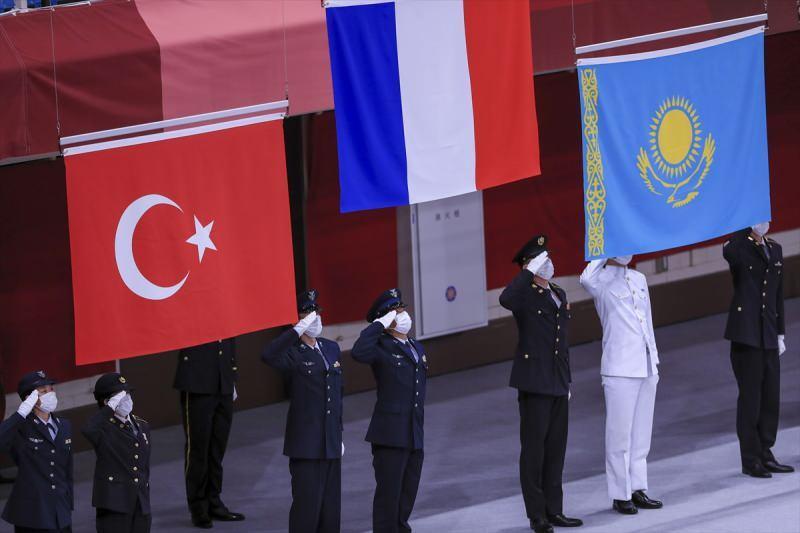 Eray Şamdan'dan gümüş madalya!