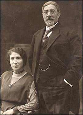 Mahmud Tarzi ve eşi