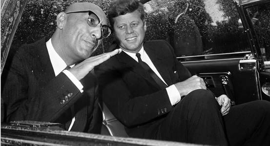 Kral Zahir Şah, 1963'deki ABD ziyaretinde JFK'yle.