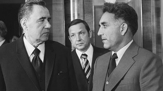 Hafizullah Emin, SSCB Dışişleri Bakanı Andrey Gramyko ile 1978'de.