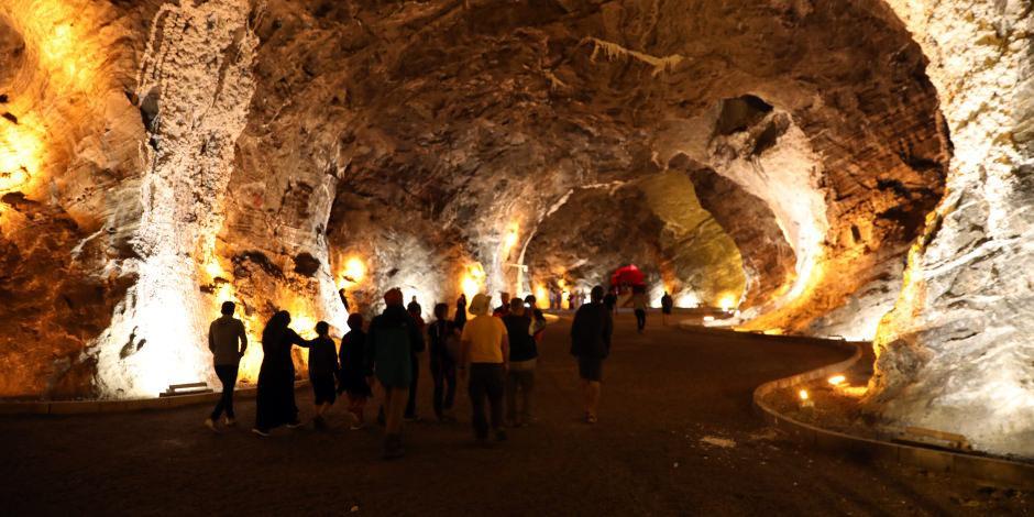 Tuz madenindeki terapi merkezine yoğun ilgi