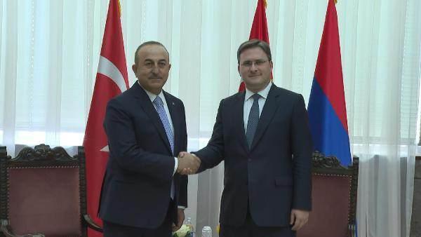 Bakan Çavuşoğlu, Sırbistan Dışişleri Bakanı Selakoviç ile görüştü