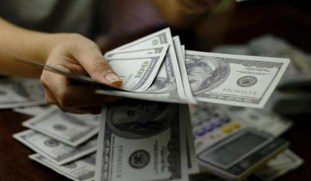 Küresel borçlar 296 trilyon dolara ulaşırken Türkiye pozitif ayrıştı
