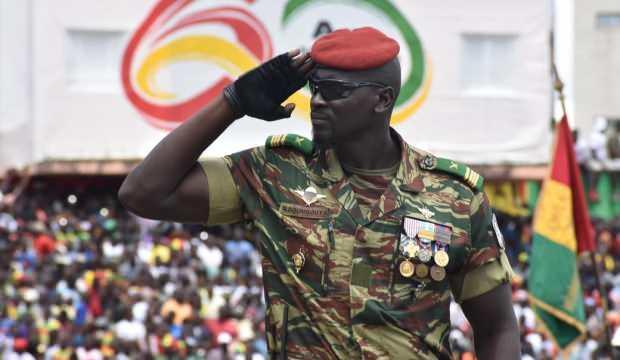 İşte darbeyi yapan Fransız ajanı! Gine'de asker yönetime el koydu, cumhurbaşkanı ellerinde - DÜNYA Haberleri
