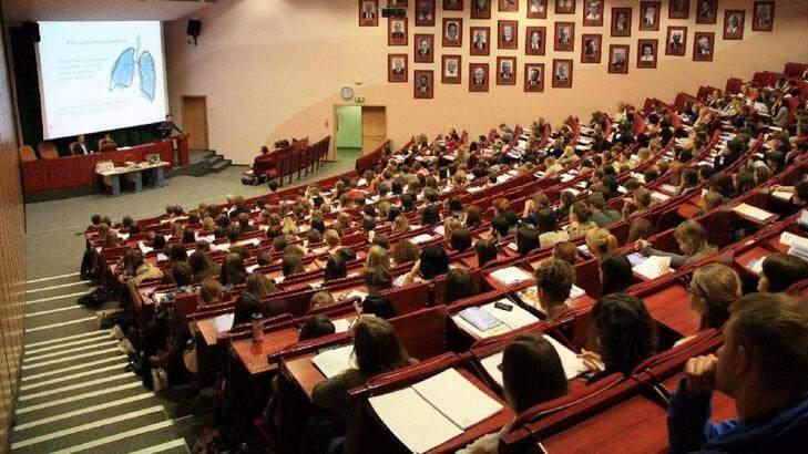 YÖK Başkanı Özvar üniversitelerde yüz yüze eğitimin detaylarını açıkladı.