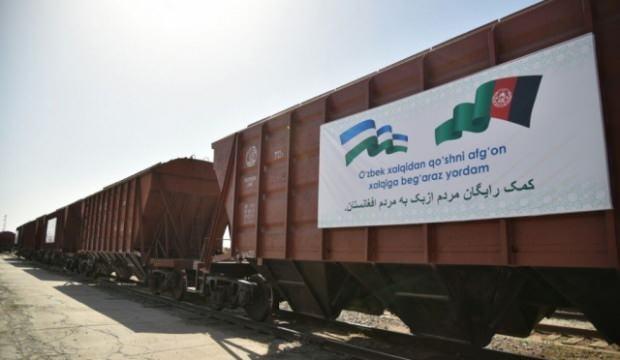 Özbekistan'dan Afganistan'a 25 vagon insani yardım malzemesi