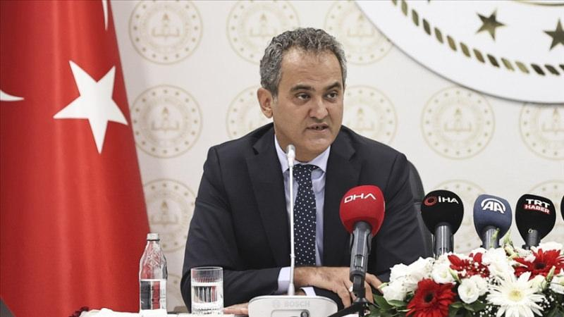 Millî Eğitim Bakanı Mahmut Özer