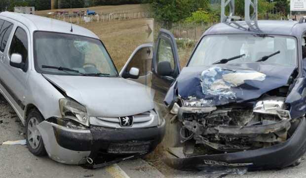 Samsun'da feci kaza, 3 yaralı