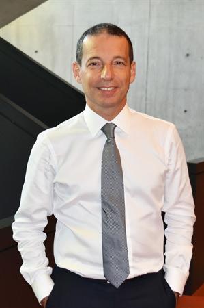 Prof. Dr. Erhan Aslanoğlu