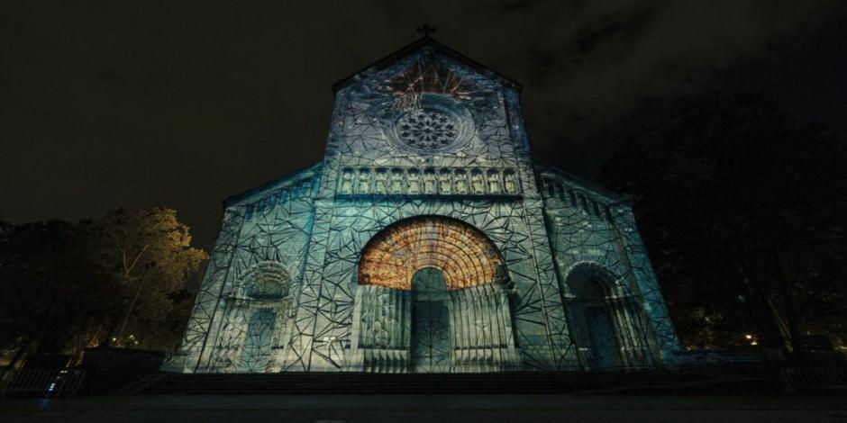 Prag sokaklarında ışık şöleni