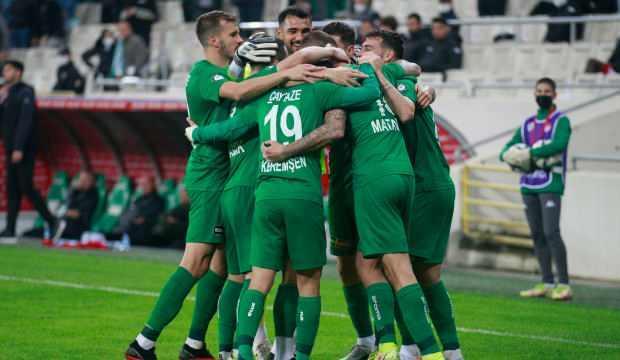 Bursaspor'a nefes aldıran galibiyet!