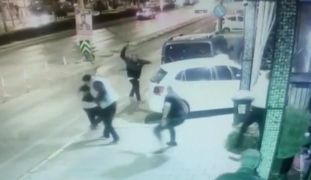 Görüntüler yeni ortaya çıktı! Gece kulübünden kadın çıkarma çatışması kamerada