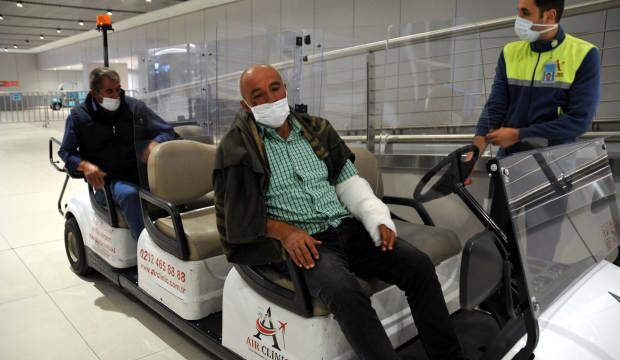 Somali'de hayatını kaybeden Türk işçilerin cenazeleri ve yaralılar Türkiye'ye geldi!