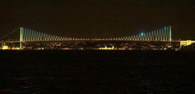 Boğaziçi Köprüsü sarı olacak