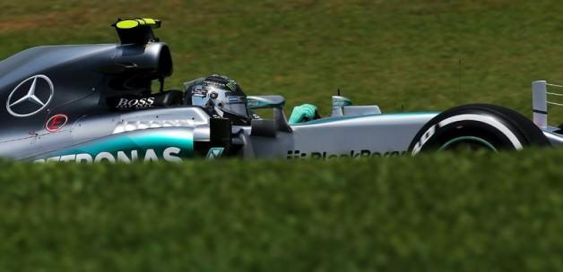 Rosberg şampiyonu solladı