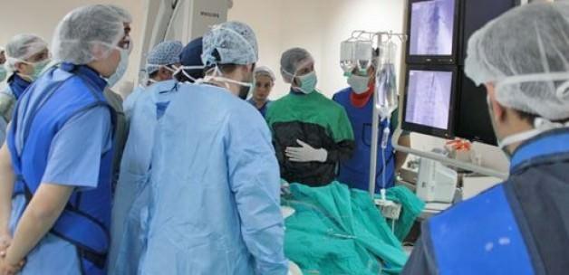 Çalışan kalpte bypass ameliyatı
