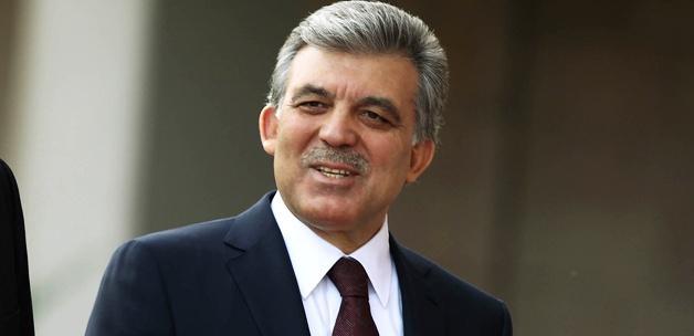 Gül'den Davutoğlu'na tebrik telefonu