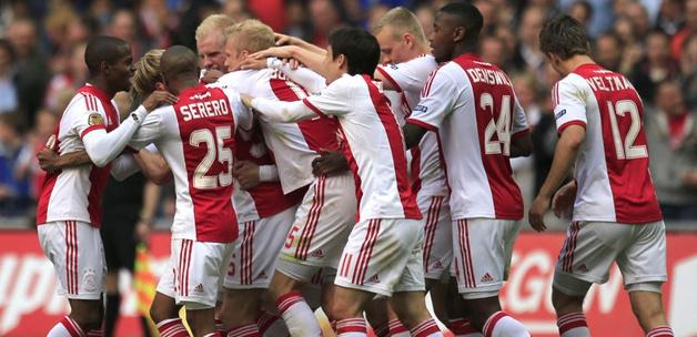 De Boer tarih yazdı! Ajax şampiyon!