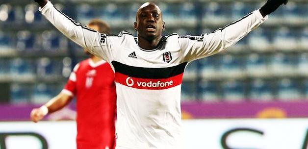 Demba Ba imzayı attı Beşiktaş'ı kurtardı