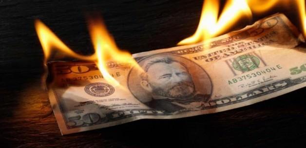 Dolar 2,74'ü aşarak tarihi rekor kırdı