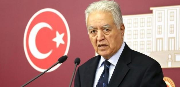 Faruk Loğoğlu Baas sözcüsü gibi konuştu