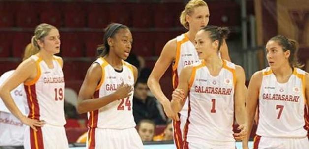 Galatasaray'dan 11 sayı fark