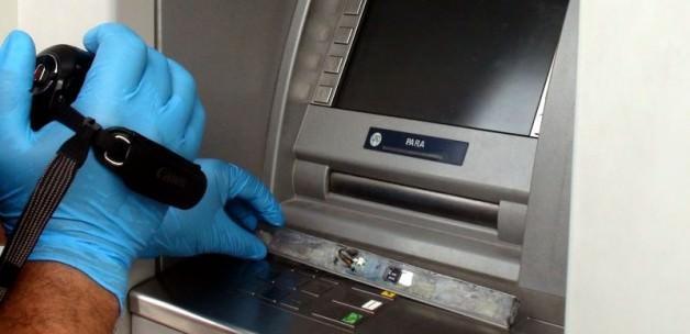 Kart sahipleri ATM dolandırıcılarına dikkat!