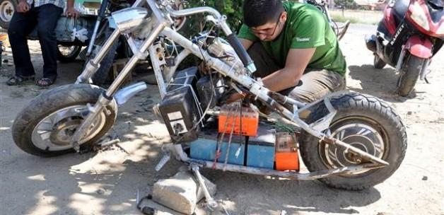Kendini şarj eden motosiklet yaptı