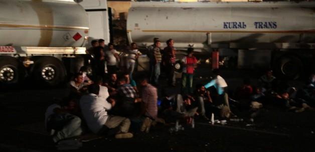 Silopi'deki yol kapatma eylemi sürüyor