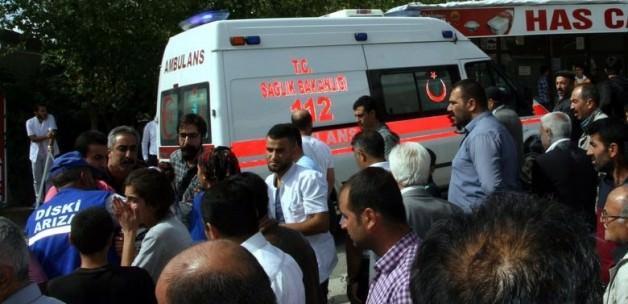 Silvan'da bomba patladı!1 çocuk öldü