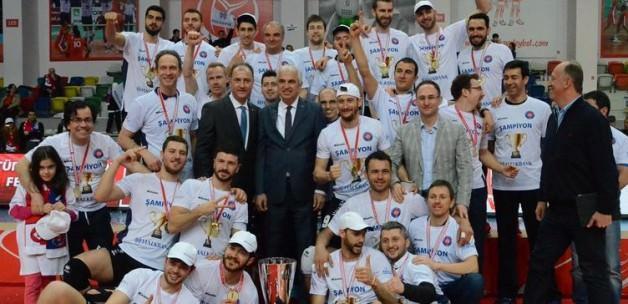 Süper Kupa Halkbank'ın!
