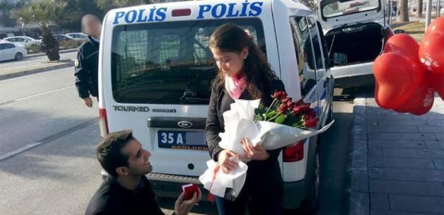 Şüpheli araçtan 'evlilik teklifi' çıktı