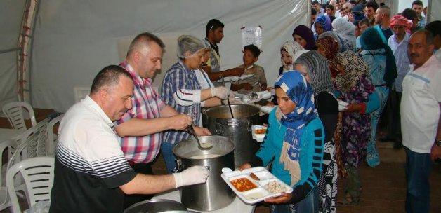 Tuzla belediyesinden süriyeli göçmenlere iftar