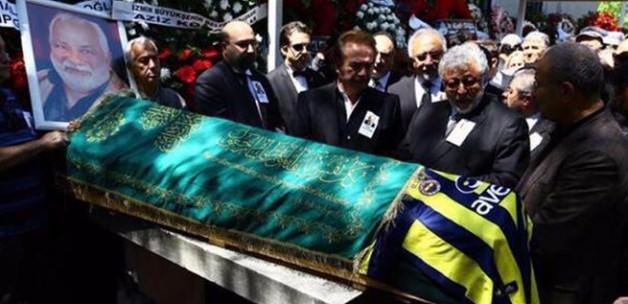 Zeki Alasya, Fenerbahçe formasıyla uğurlanıyor