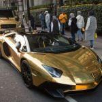 Altın kaplama arabalarla Londra turu!