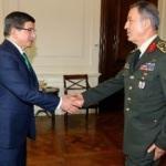 Başbakan Davutoğlu, Orgeneral Akar'ı kabul etti