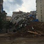 Samsun'da yıkım aşamasındaki binada çökme