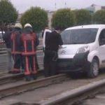 Tramvay hattında polis alarma geçti