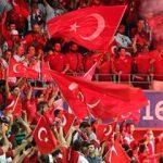 Fransa'da Türk bayrağına skandal tepki!