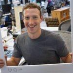 Mark Zuckerberg bile 'laptop'unu bantlıyor!