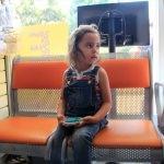 Bacağı sandalyeye sıkışan çocuğu itfaiye kurtardı